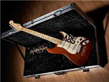 7) Stevie Ray Vaughn 1965, Fender Stratocaster, venduta per 623,500 mila dollari